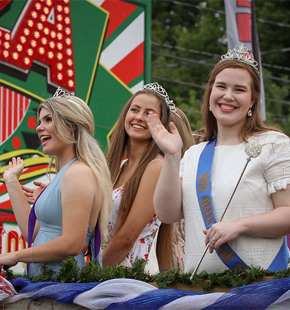 The Queens of The Fair